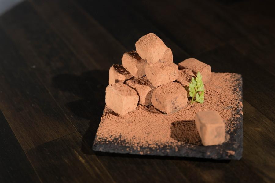 自家製レアチョコレート